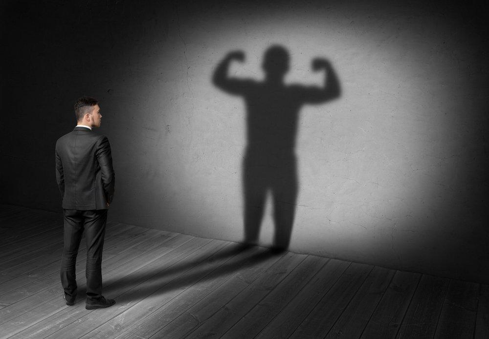 Charisme leadership et timidite vont-ils de pair